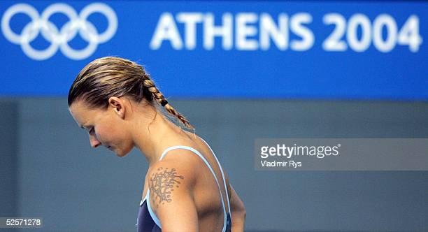 Wasserspringen Olympische Spiele Athen 2004 Athen Kunstspringen 3m / Frauen Ditte KOTZIAN / GER 250804