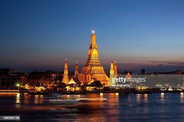 Wat Arun (Temple of Dawn), Bangkok, Thailand.