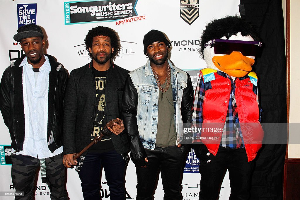 Watch the Duck attends The VH1 Save The Music Foundation's 'Songwriter Music Series' With Swizz Beatz at Hard Rock Cafe - Times Square on January 17, 2013 in New York City.