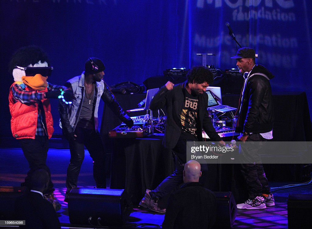 Watch The Duck performs at VH1 Save The Music Foundation's Songwriters Music Series Remix featuring Swizz Beatz & Friends, presented by Monster DNA Headphones & William Hill Estate Winery at Hard Rock Cafe New York on January 17, 2013 in New York City.