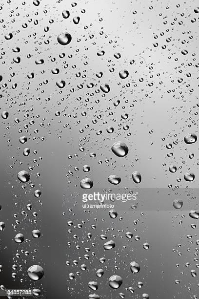 雨滴背景デュー結露質感で冷えたガラス製