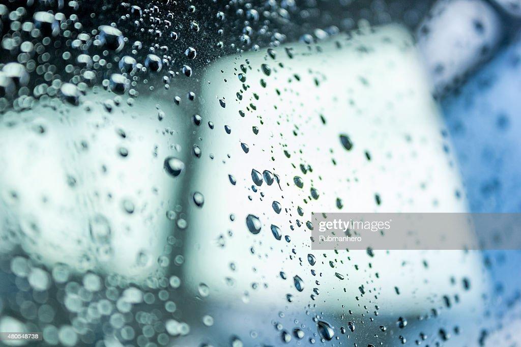 Gotas de agua en vidrio : Foto de stock