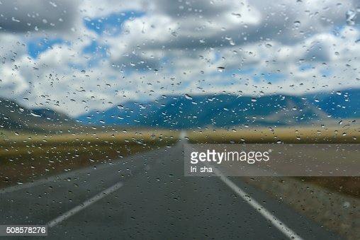 Regen-Wassertropfen Fenster : Stock-Foto