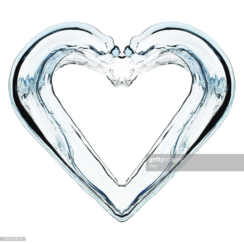 Water forming heart shape, close-up (digital enhancement) : Stock Photo