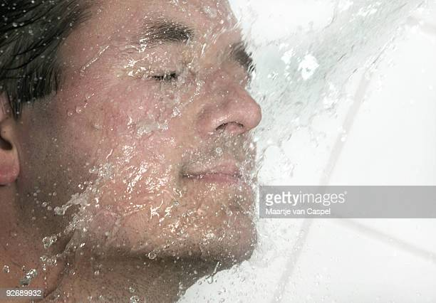 Water - In your face 03