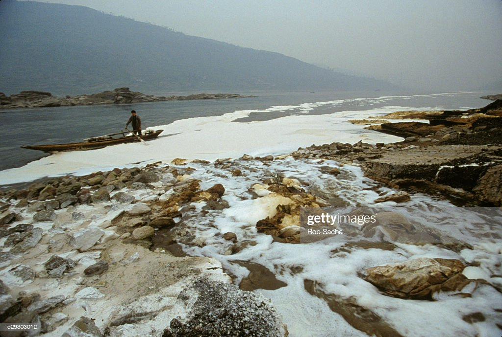 yantzge river pollution Too little, too late for polluted yangtze river towns the anti-pollution measures haven't been as effective as the company said they would be.