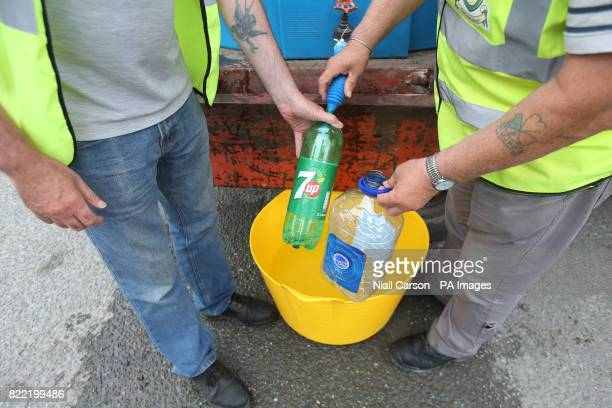 Water supplied by Drogheda Council workers in Termon Abbey in Drogheda following a burst pipe