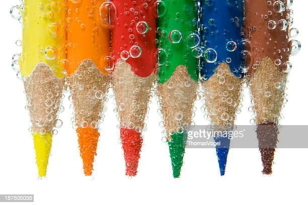 Watercolor. schlägt Wellen Buntstifte