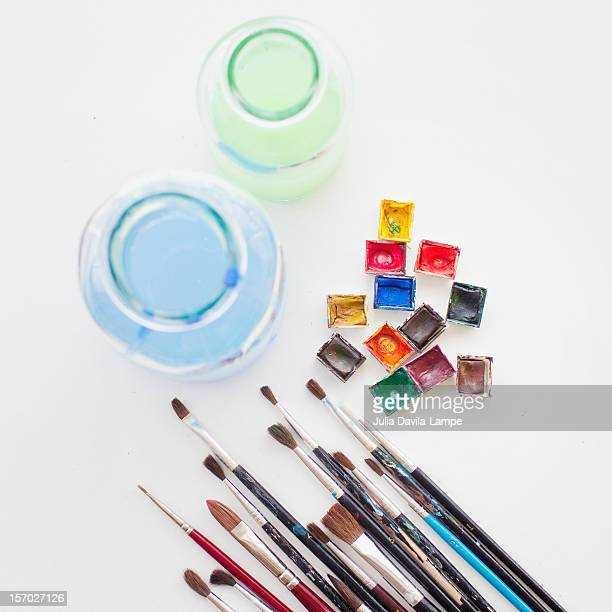 Watercolors and brushes