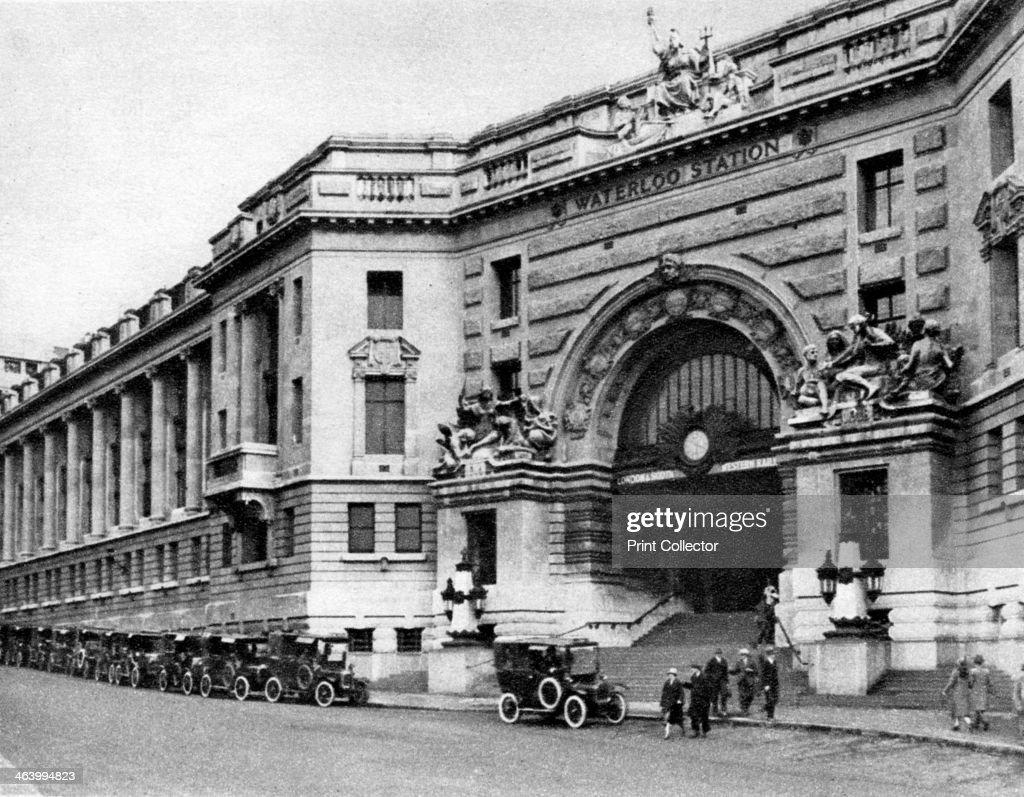 Waterloo Station London 19261927 From Wonderful London volume II edited by Arthur St John Adcock published by Amalgamated Press