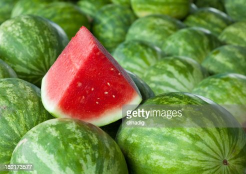 how to tell if a watermelon is ripe with straw