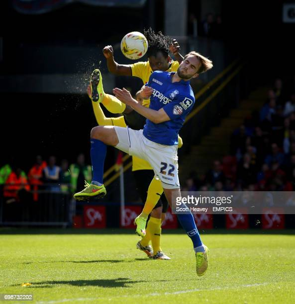 Watford's Juan Carlos Paredes and Birmingham City's Andrew Shinnie in action