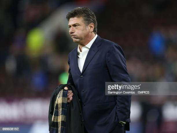 Watford's manager Walter Mazzarri during the game against Burnley