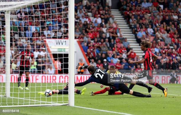 Watford's Richarlison scores his side's first goal of the game during the Premier League match at the Vitality Stadium Bournemouth