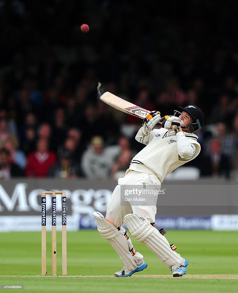 <a gi-track='captionPersonalityLinkClicked' href=/galleries/search?phrase=BJ+Watling&family=editorial&specificpeople=2115739 ng-click='$event.stopPropagation()'>BJ Watling</a> of New Zealand bats during day three of the 1st Investec Test Match between England and New Zealand at Lord's Cricket Ground on May 23, 2015 in London, England.