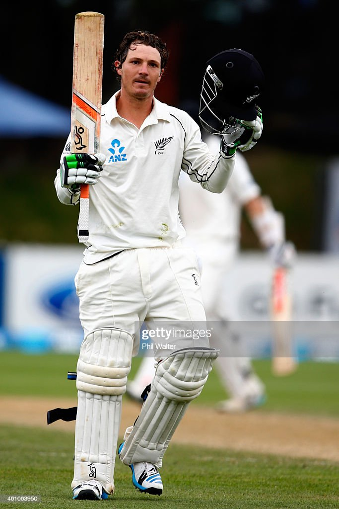 <a gi-track='captionPersonalityLinkClicked' href=/galleries/search?phrase=BJ+Watling&family=editorial&specificpeople=2115739 ng-click='$event.stopPropagation()'>BJ Watling</a> of New Zealand makes his century during day four of the Second Test match between New Zealand and Sri Lanka at the Basin Reserve on January 6, 2015 in Wellington, New Zealand.