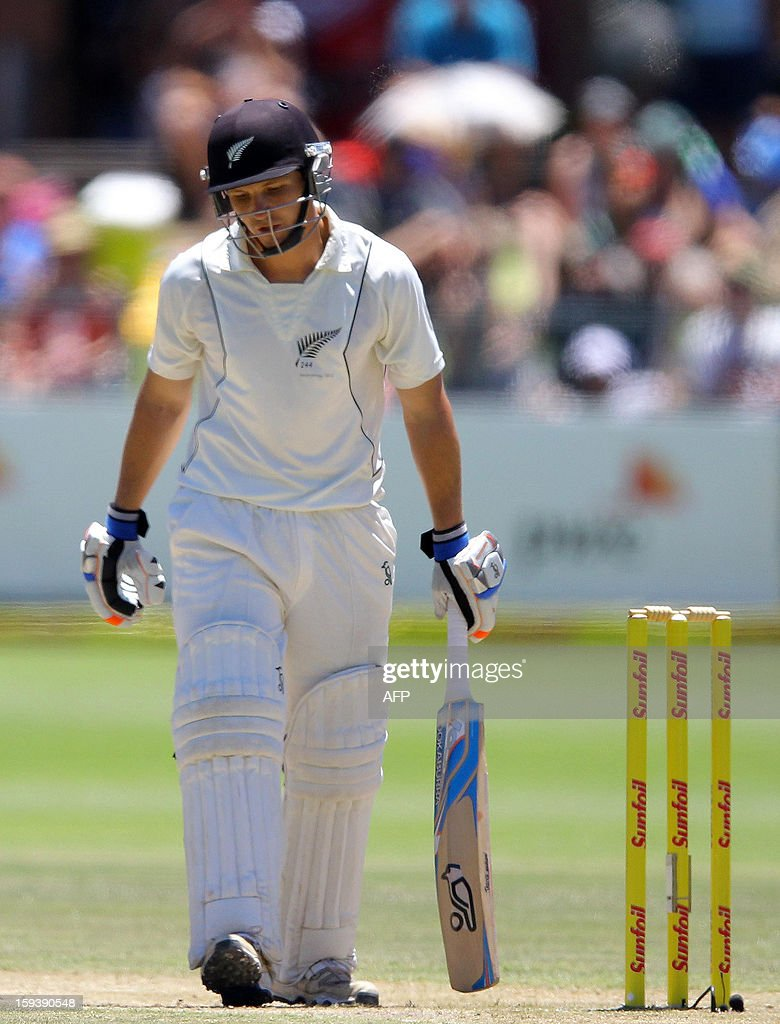 BJ Watling of New Zealand walks off after losing his wicket on the third day of the second and final test match between South Africa and New Zealand at the Axxess St George's Cricket Stadium on January 13, 2013 in Port Elizabeth. AFP Photo / Anesh Debiky