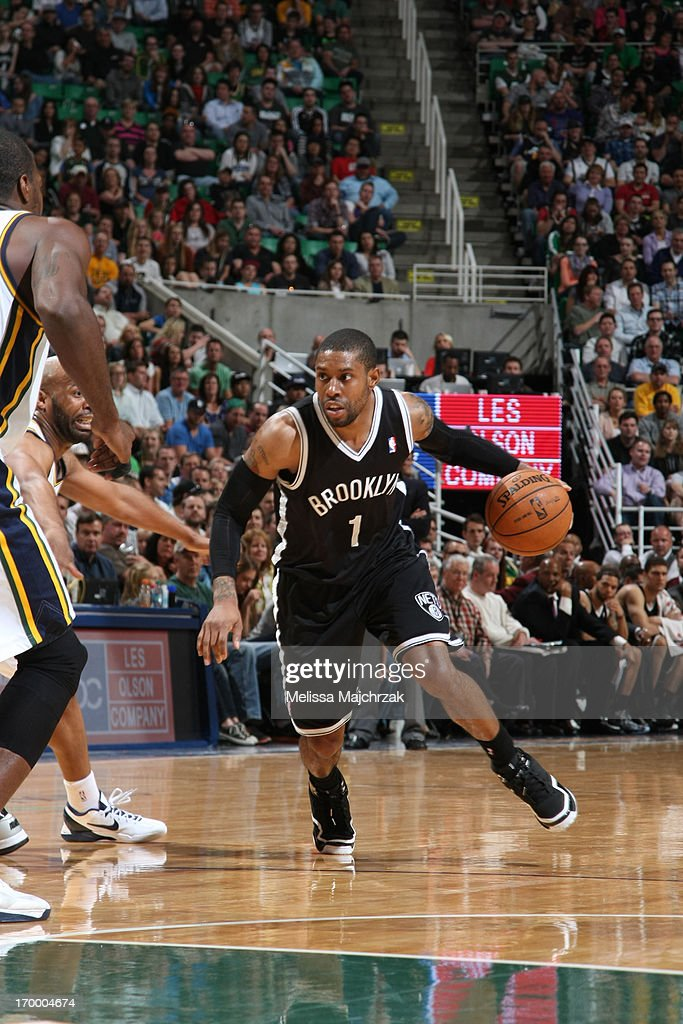 <a gi-track='captionPersonalityLinkClicked' href=/galleries/search?phrase=C.J.+Watson&family=editorial&specificpeople=740190 ng-click='$event.stopPropagation()'>C.J. Watson</a> #1 of the Brooklyn Nets drives against the Utah Jazz at Energy Solutions Arena on March 30, 2013 in Salt Lake City, Utah.