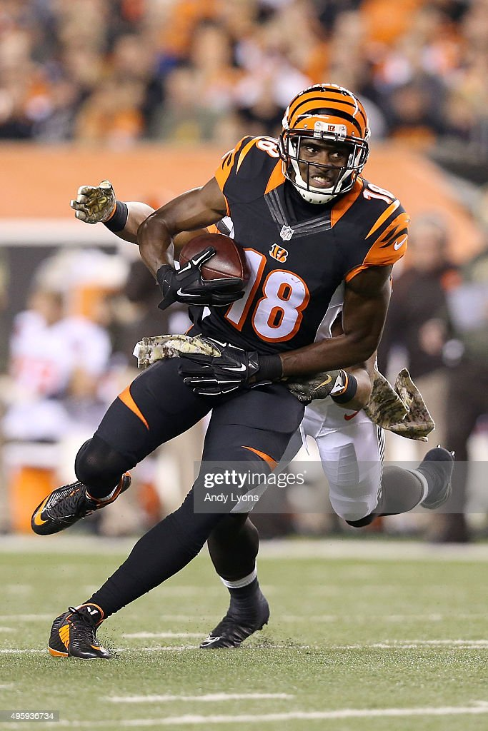 K'Waun William #36 of the Cleveland Browns attempts to tackle <a gi-track='captionPersonalityLinkClicked' href=/galleries/search?phrase=A.J.+Green&family=editorial&specificpeople=5525868 ng-click='$event.stopPropagation()'>A.J. Green</a> #18 of the Cincinnati Bengals during the third quarter at Paul Brown Stadium on November 5, 2015 in Cincinnati, Ohio.