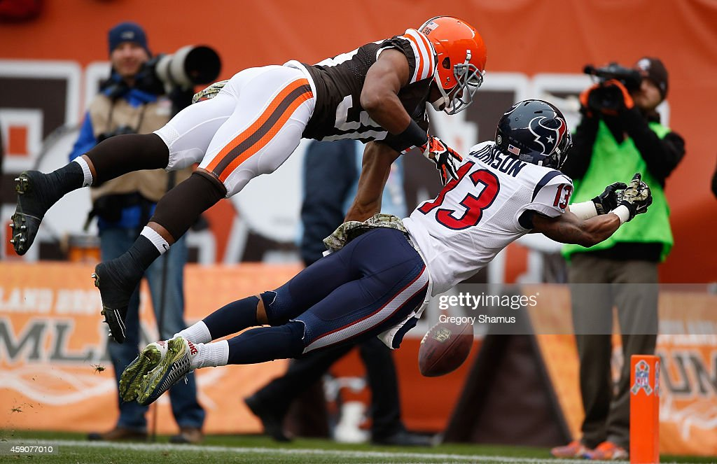 K'Waun Williams #36 of the Cleveland Browns breaks up a pass intended for Damaris Johnson #13 of the Houston Texans during the first quarter at FirstEnergy Stadium on November 16, 2014 in Cleveland, Ohio.