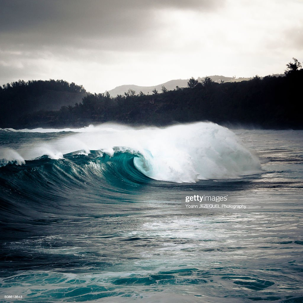 Wave and sea during storm : Photo
