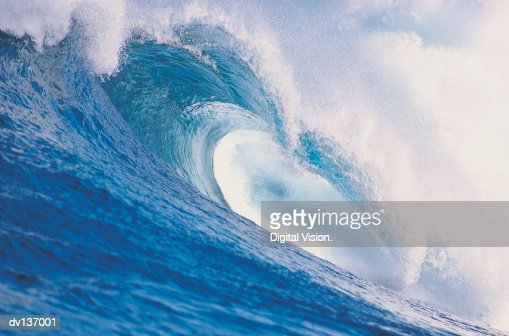 Wave breaking : Stock Photo
