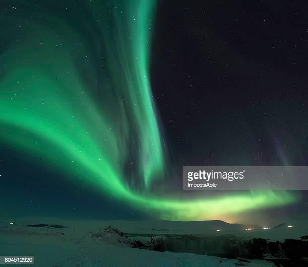 wave dance aurora