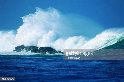 Wave, Hawaiian Islands, USA
