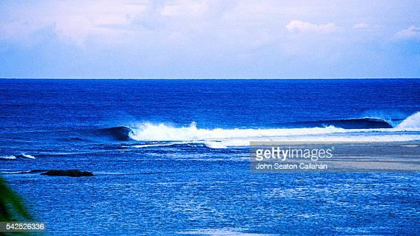 Waves at Puraran Bay