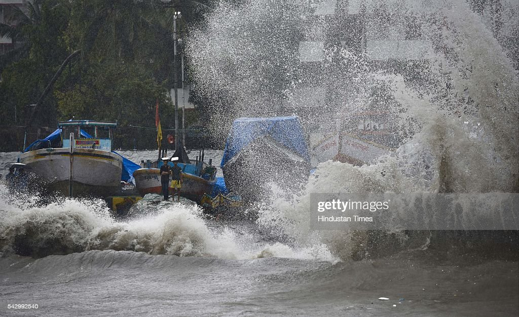 Waves hits the sea shore during heavy rain at Colaba, on June 24, 2016 in Mumbai, India. Rains continued to lash Mumbai for the third consecutive day today, slightly disrupting suburban train services, even as the Met department predicted heavy showers. India Meteorological Departments Regional Meteorological Centre in Mumbai predicted intermittent rain with heavy to very heavy rainfall at a few place in the city and its suburbs for the next 24 to 48 hours.