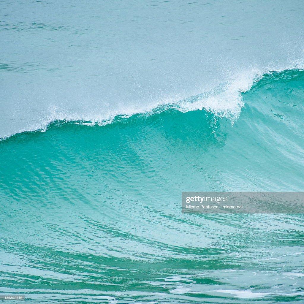 Waves in the Atlantic Ocean