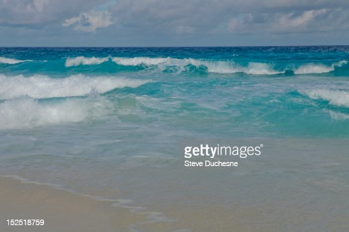 Waves : Stock Photo