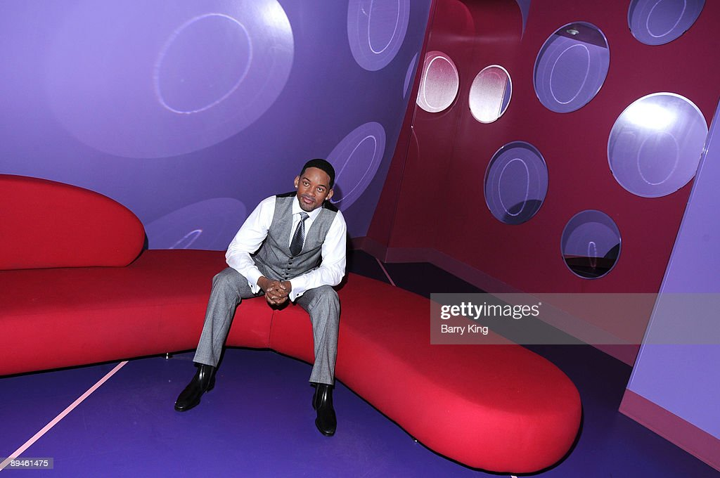 A wax figure of <a gi-track='captionPersonalityLinkClicked' href=/galleries/search?phrase=Will+Smith+-+Acteur&family=editorial&specificpeople=156403 ng-click='$event.stopPropagation()'>Will Smith</a> is displayed at Madame Tussaud's Wax Museum on July 29, 2009 in Hollywood, California.
