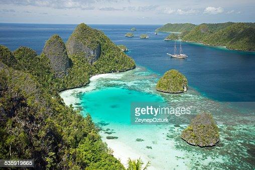 Wayag Islands : Stock Photo