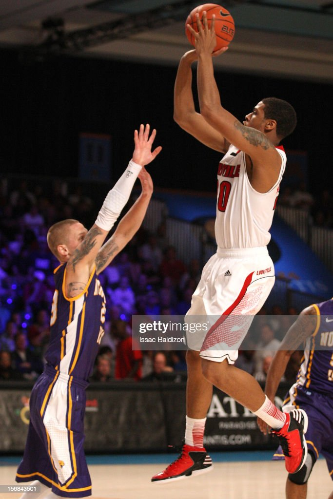 Wayne Blackshear #20 of the Louisville Cardinals shoots over Marc Sonnen #23 of the Northern Iowa Panthers during the Battle 4 Atlantis tournament at Atlantis Resort on November 22, 2012 in Nassau, Paradise Island, Bahamas.