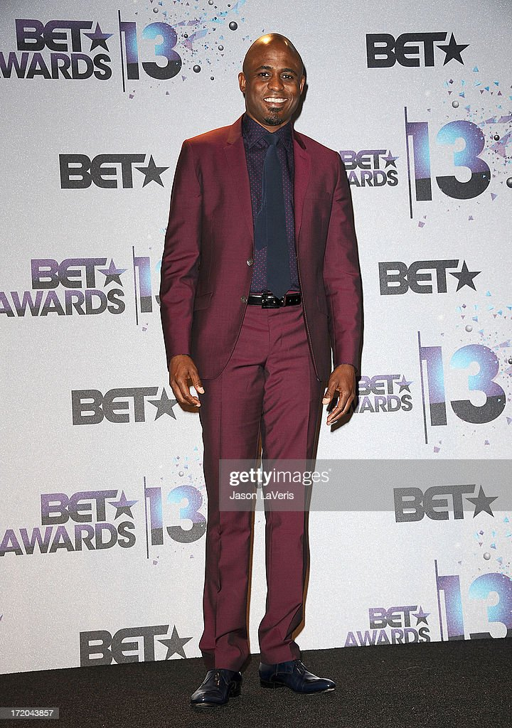 <a gi-track='captionPersonalityLinkClicked' href=/galleries/search?phrase=Wayne+Brady+-+Actor&family=editorial&specificpeople=217495 ng-click='$event.stopPropagation()'>Wayne Brady</a> poses in the press room at the 2013 BET Awards at Nokia Theatre L.A. Live on June 30, 2013 in Los Angeles, California.
