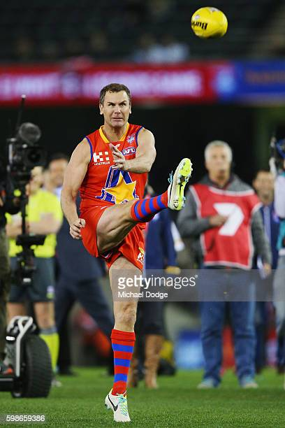 Wayne Carey of the All Stars kicks the ball for goal misses misses in the shootout during the EJ Whitten Legends match at Etihad Stadium on September...