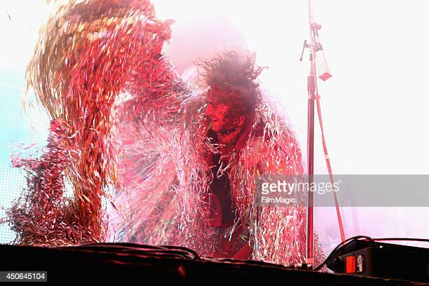 Wayne Coyne of The Flaming Lips performs at Which Stage during day 3 of the 2014 Bonnaroo Arts And Music Festival on June 14 2014 in Manchester...