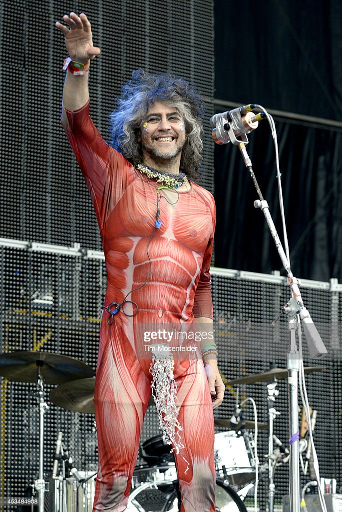 <a gi-track='captionPersonalityLinkClicked' href=/galleries/search?phrase=Wayne+Coyne&family=editorial&specificpeople=204435 ng-click='$event.stopPropagation()'>Wayne Coyne</a> of the Flaming Lips performs during the Outside Lands Music Festival at Golden Gate Park on August 10, 2014 in San Francisco, California.