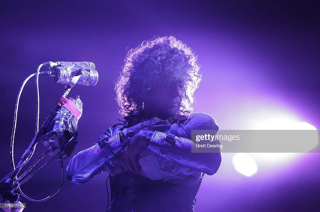 <a gi-track='captionPersonalityLinkClicked' href=/galleries/search?phrase=Wayne+Coyne&family=editorial&specificpeople=204435 ng-click='$event.stopPropagation()'>Wayne Coyne</a> of the Flaming Lips performs during the Rock for Oklahoma Benefit at the Chesapeake Energy Arena on July 23, 2013 in Oklahoma City, Oklahoma.