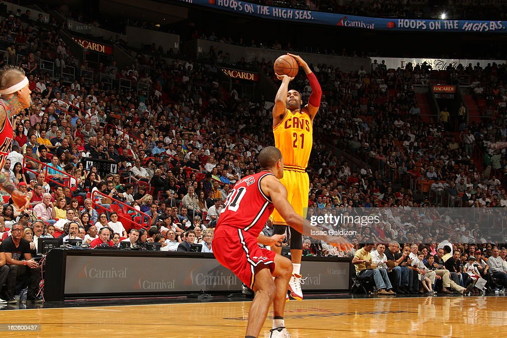 <a gi-track='captionPersonalityLinkClicked' href=/galleries/search?phrase=Wayne+Ellington&family=editorial&specificpeople=2351537 ng-click='$event.stopPropagation()'>Wayne Ellington</a> #21 of the Cleveland Cavaliers goes for a jump shot during a game between the Cleveland Cavaliers and the Miami Heat on February 24, 2013 at American Airlines Arena in Miami, Florida.