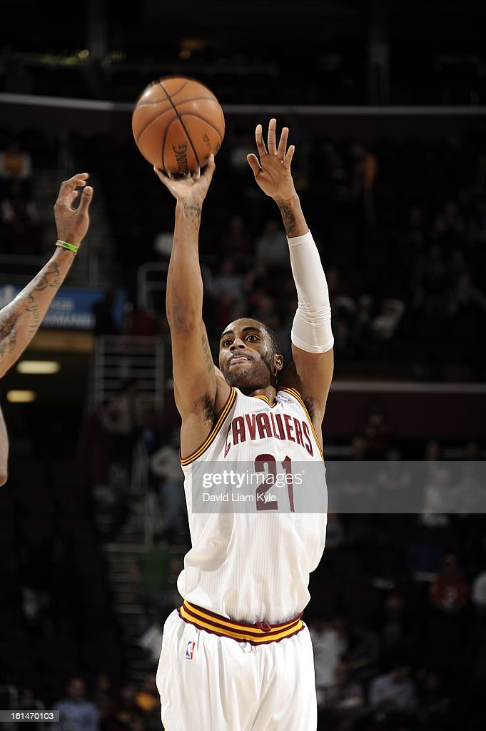 <a gi-track='captionPersonalityLinkClicked' href=/galleries/search?phrase=Wayne+Ellington&family=editorial&specificpeople=2351537 ng-click='$event.stopPropagation()'>Wayne Ellington</a> #21 of the Cleveland Cavaliers shoots the ball against the Charlotte Bobcats at The Quicken Loans Arena on February 6, 2013 in Cleveland, Ohio.