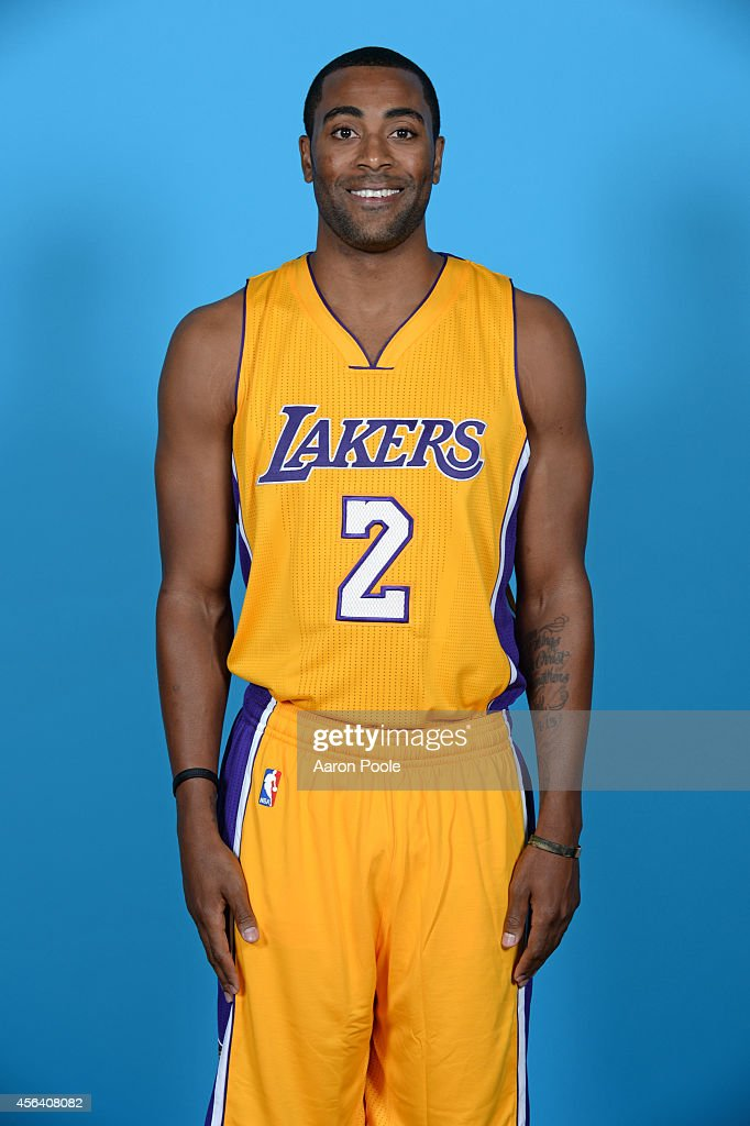 Wayne Ellington of the Los Angeles Lakers poses for a portrait during the Los Angeles Lakers Media Day at the Toyota Sports Center on September 29...