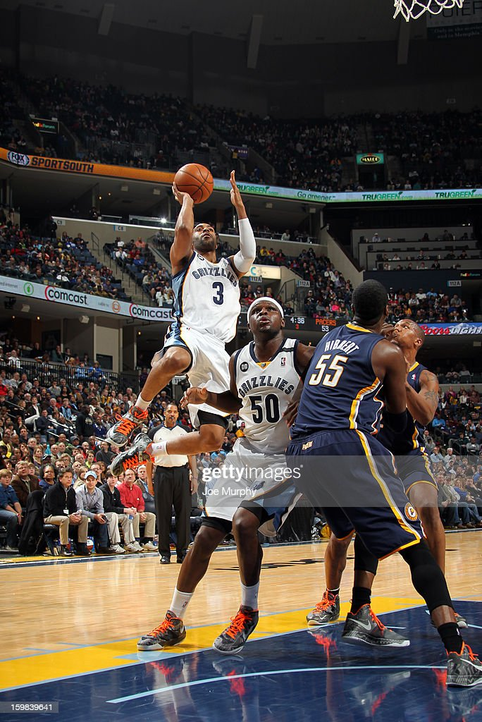 Wayne Ellington #3 of the Memphis Grizzlies drives to the basket against the Indiana Pacers on January 21, 2013 at FedExForum in Memphis, Tennessee.