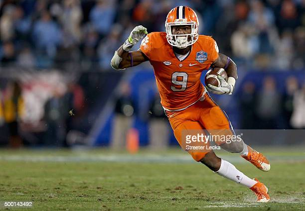 Wayne Gallman of the Clemson Tigers runs the ball against the North Carolina Tar Heels in the 2nd half during the Atlantic Coast Conference Football...