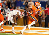 Wayne Gallman of the Clemson Tigers scores a touchdown in the fourth quarter against the Oklahoma Sooners during the 2015 Capital One Orange Bowl at...