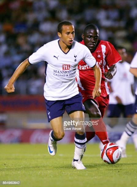 Wayne GRAY / Kevin Prince BOATENG Leyton Orient / Tottenham Hotspur Match amical