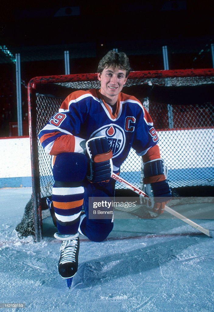 <a gi-track='captionPersonalityLinkClicked' href=/galleries/search?phrase=Wayne+Gretzky+-+Ice+Hockey+Player&family=editorial&specificpeople=157520 ng-click='$event.stopPropagation()'>Wayne Gretzky</a> #99 of the Edmonton Oilers poses for a portrait on January 9, 1985 at the Montreal Forum in Montreal, Quebec, Canada.