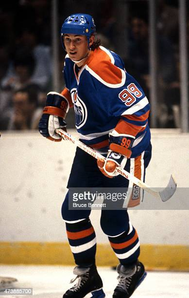 Wayne Gretzky of the Edmonton Oilers skates on the ice during an NHL game against the New Jersey Devils on March 1 1983 at the Brendan Byrne Arena in...
