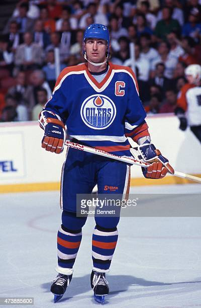 Wayne Gretzky of the Edmonton Oilers skates on the ice during Game 6 of the 1987 Stanley Cup Finals against the Philadelphia Flyers on May 28 1987 at...